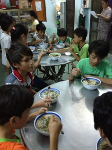 ATG brings hot meals to the orphans 2